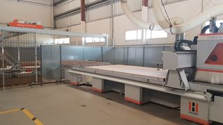 Satisfied HOLZHER customer with complete product portfolio: Storage system, saw, nesting machine, CNC and edgebanding